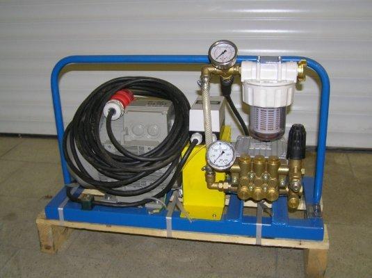 Testovací zařízení pro tlakové zkoušky do 250 bar